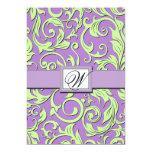 Invitaciones del boda del damasco de la púrpura y comunicados personales