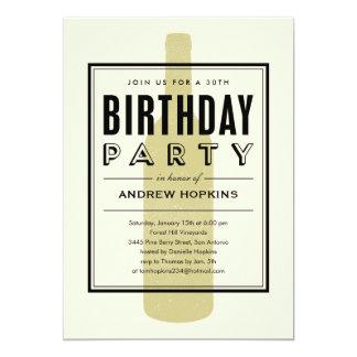 """Invitaciones del cumpleaños de la botella de vino invitación 5"""" x 7"""""""