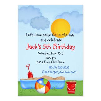"""Invitaciones del cumpleaños de la caja de la arena invitación 5"""" x 7"""""""