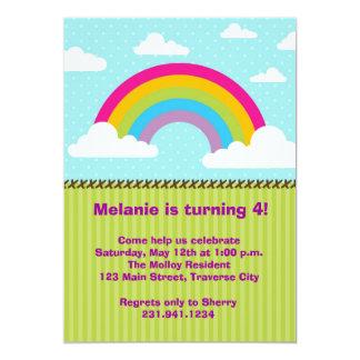 Invitaciones del cumpleaños del arco iris invitación 12,7 x 17,8 cm