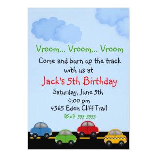 Invitaciones del cumpleaños del coche de carreras invitación 12,7 x 17,8 cm