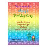 Invitaciones del cumpleaños del pavo real anuncio personalizado