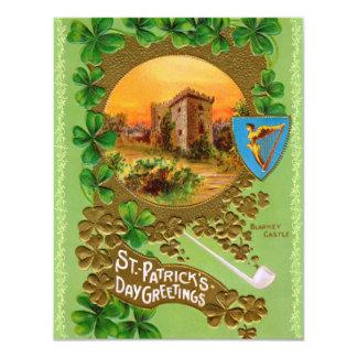 """¡Invitaciones del fiesta del día del St. Patty del Invitación 4.25"""" X 5.5"""""""