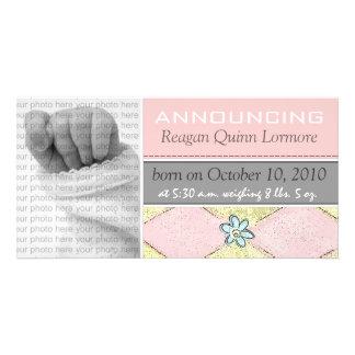 Invitaciones del nacimiento de la niña tarjeta fotografica personalizada