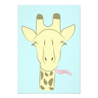 Invitaciones descaradas de la jirafa anuncios personalizados