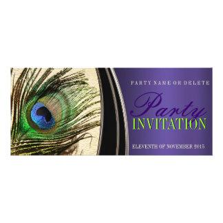 Invitaciones elegantes de la pluma del pavo real d anuncios