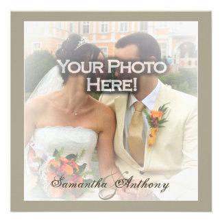 Invitaciones escarchadas del boda de la capa de la comunicado personalizado