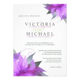 Invitaciones florales púrpuras violetas del boda anuncios