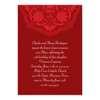 Invitaciones latinas rojas de Quinceanera del Anuncio