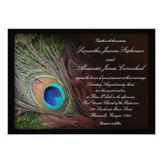 Invitaciones negras del boda de la pluma w/Moss de Invitación Personalizada