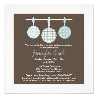 Invitaciones nupciales de la ducha del damasco azu comunicado personalizado