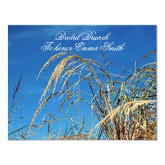 Invitaciones nupciales del brunch del cielo azul y invitación 10,8 x 13,9 cm
