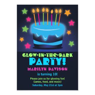 """Invitaciones para el resplandor del cumpleaños en invitación 5"""" x 7"""""""