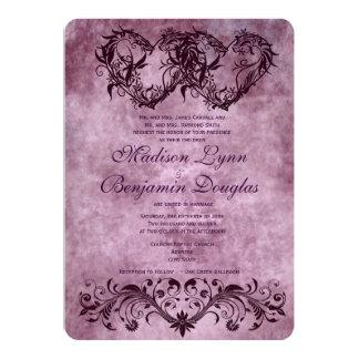 """Invitaciones púrpuras del boda de los corazones invitación 5"""" x 7"""""""