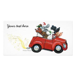 Invitaciones rojas del navidad del coche de los ca tarjeta fotografica personalizada