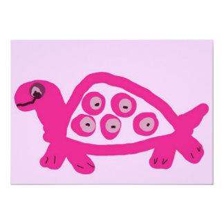 """Invitaciones rosadas del nacimiento de la tortuga invitación 5"""" x 7"""""""