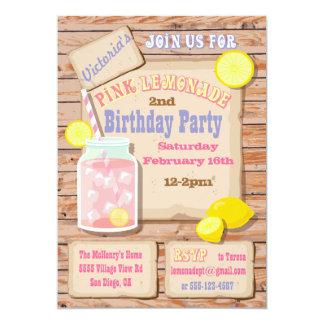 Invitaciones rosadas rústicas de la fiesta de invitacion personalizada