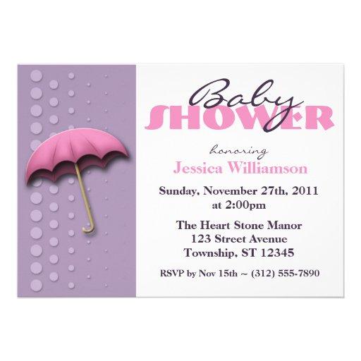 Invitaciones rosadas y púrpuras del paraguas de la comunicados personalizados