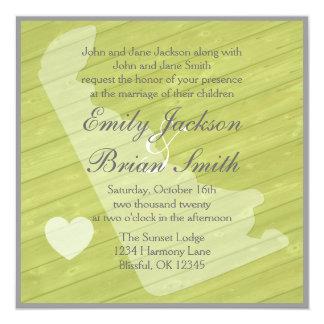 """Invitaciones verdes de madera rústicas del boda de invitación 5.25"""" x 5.25"""""""