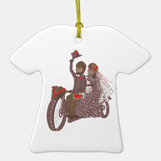 Invitaciones y productos de boda del motorista de adorno de cerámica en forma de camiseta