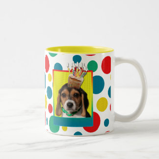Invitation Cupcake - Beagle Puppy - Chloe Two-Tone Coffee Mug