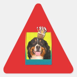 Invitation Cupcake - Bernese Mountain Dog Triangle Sticker