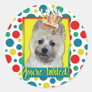 Invitation Cupcake - Cairn Terrier - TeddyBear Round Stickers