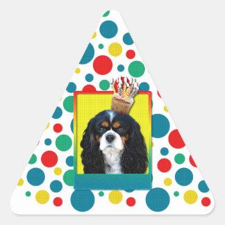 Invitation Cupcake - Cavalier - TriColor Triangle Sticker