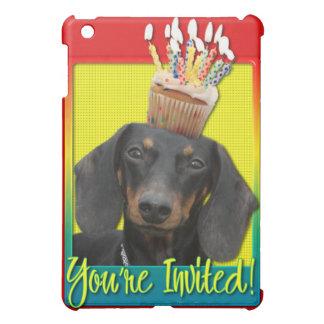 Invitation Cupcake - Dachshund - Winston iPad Mini Cover