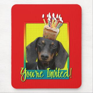 Invitation Cupcake - Dachshund - Winston Mouse Pad