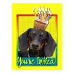 Invitation Cupcake - Dachshund - Winston Postcard