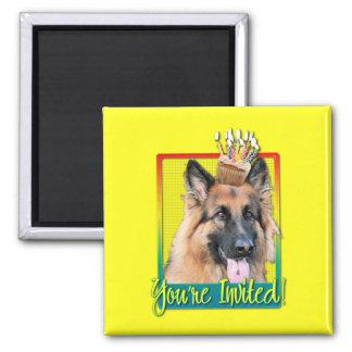 Invitation Cupcake - German Shepherd - Chance Magnets