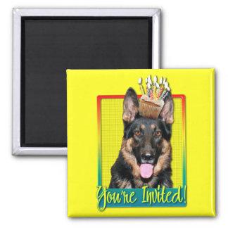 Invitation Cupcake - German Shepherd - Kuno Fridge Magnet