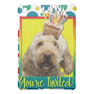 Invitation Cupcake - GoldenDoodle iPad Mini Cases