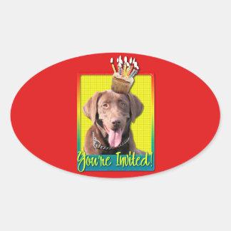 Invitation Cupcake - Labrador - Chocolate Oval Sticker
