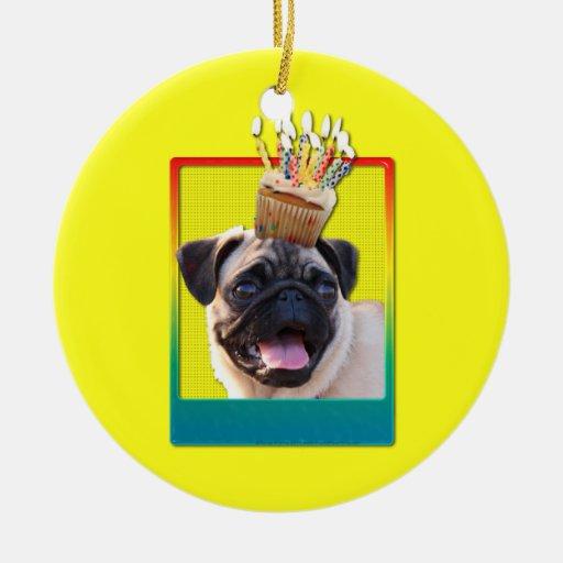 Invitation Cupcake - Pug Christmas Ornaments