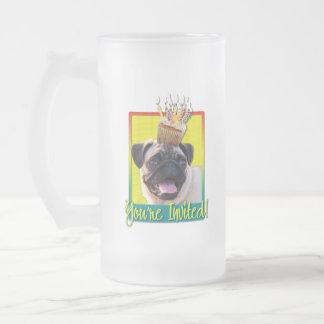 Invitation Cupcake - Pug Frosted Glass Beer Mug