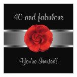 Invite a 40.o fabuloso de la flor roja del fiesta anuncio