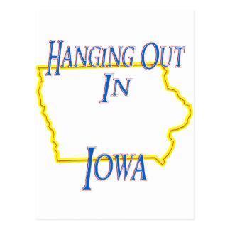 Iowa - colgando hacia fuera tarjetas postales