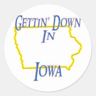Iowa - Getting abajo Pegatina Redonda