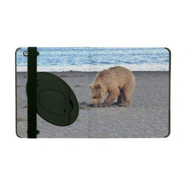 iPad 2/3/4 Case with Kickstand w/ grizzly bear cub
