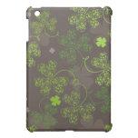 iPad case  with shamrock patterns