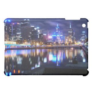 iPad del paisaje urbano del horizonte de la ciudad