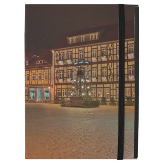 """iPad pro covering market place who Niger ode at iPad Pro 12.9"""" Case"""