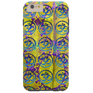 IPHONE6 CASE - SHIMMERING OM SOUNDS ON GOLDEN SILK iPhone 6 PLUS CASE