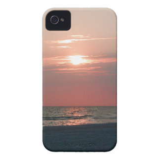 iPhone 4 case with photo of sunset