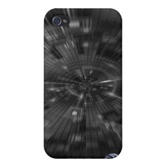 iPhone 4 Case: ZoomTube