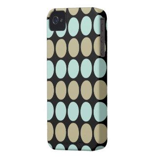 iPhone 4 de la casamata ID™ del modelo de puntos iPhone 4 Case-Mate Cárcasas