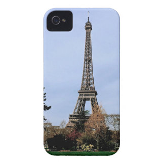 iPhone 4 Eiffel Tower Case