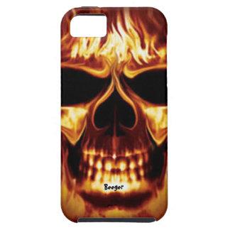 Iphone 5 duro - cara del cráneo en el fuego iPhone 5 funda